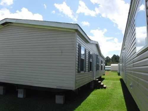 Manufactured Mobile Home Repos on repo trucks, solitaire double wide homes, repo motor homes, bank repo homes, new modular homes, repo refrigerated trailers, repo houses in shreveport,